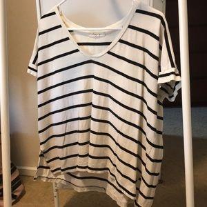 Black & white striped t-shirt.